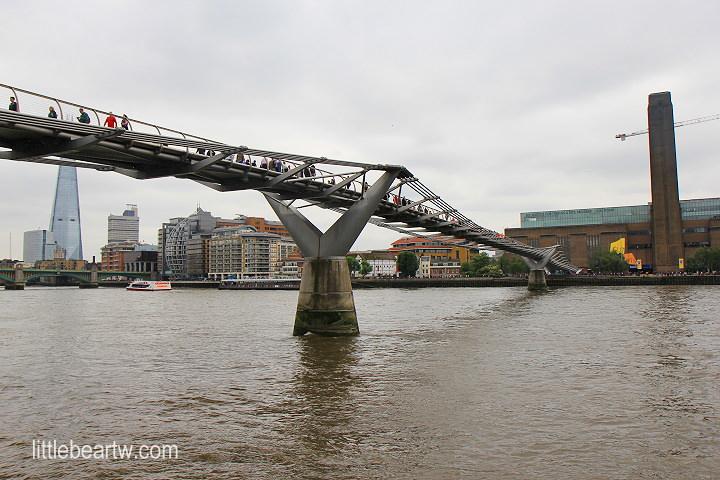 【英格蘭Day2-2】倫敦:千禧橋(Millennium Bridge).泰特現代美術館(Tate Modern)